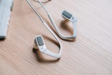 Test Sennheiser Ambeo Smart Headset